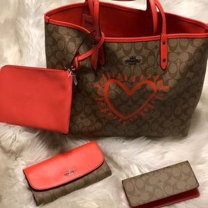 Coach Keith Haring x reversible city tote set